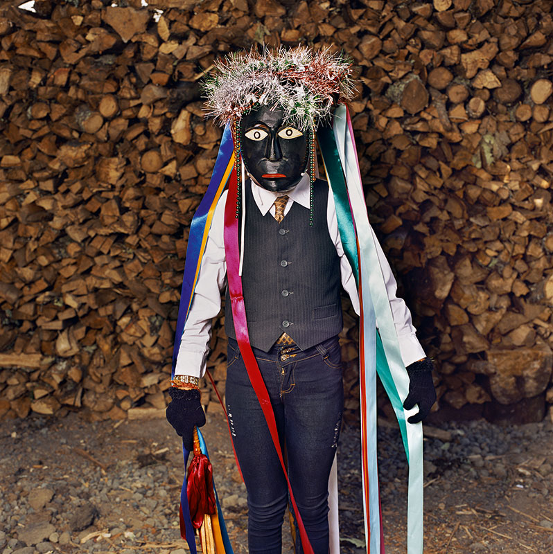 Negrito with Lacquered Mask and Ribbons, Corupo (2017) © Phyllis Galembo. Courtesy of the artist.